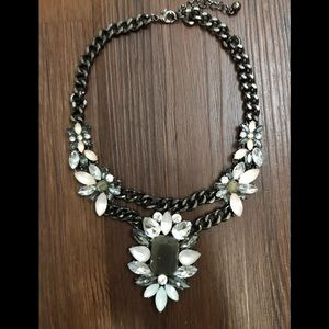 Forever 21 Floral Chain Necklace